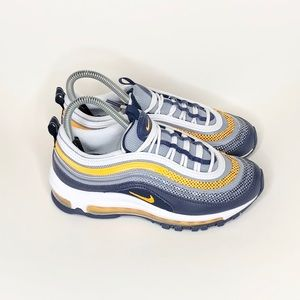 New Air Max 97 size 5y Fits womens 6.5